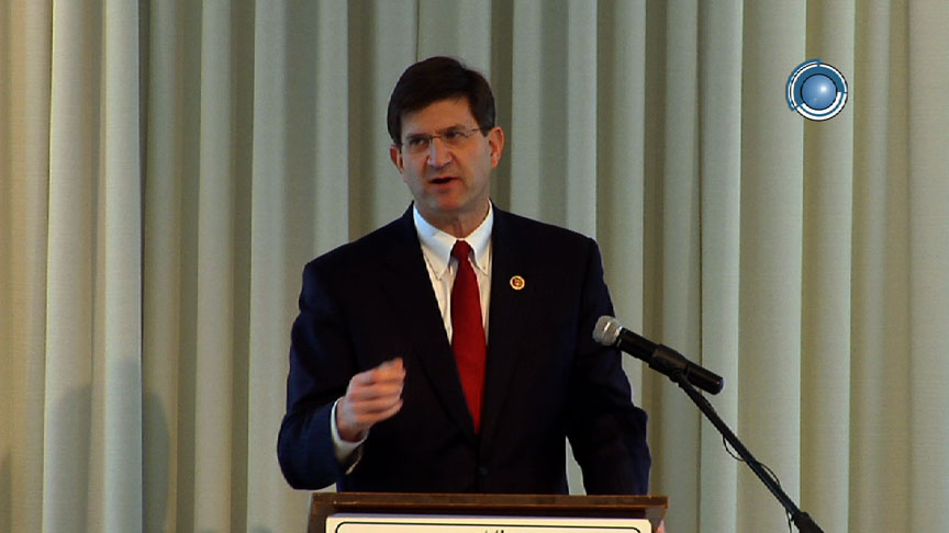 Brad Schneider Addresses Local Businesses